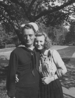 1944-10 Jack, Elsie Lehmer head on shoulder